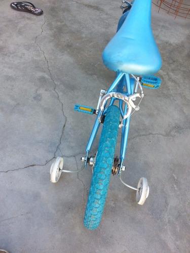 bicicleta rin 16  color azul niño cambio vendo