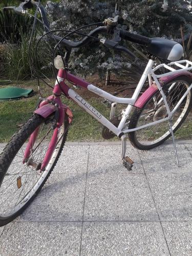 bicicleta rodado 28. con cambios. para mujer