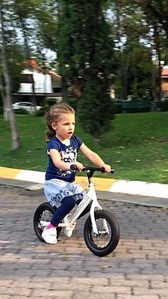 bicicleta sin pedales monzó verde aqua