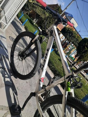 bicicleta trek rin26