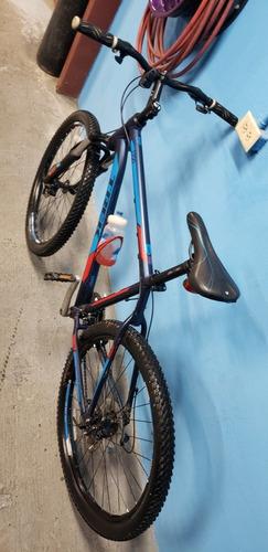 bicicleta trek3700 aro  número 26 marco número 19.5