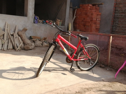 bicicleta usada estilo montañera  usada