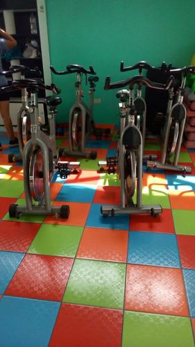 bicicletas estacionarias profesionales semi nuevas