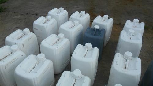 bidones 20 lts plastico usados ideales para combustible