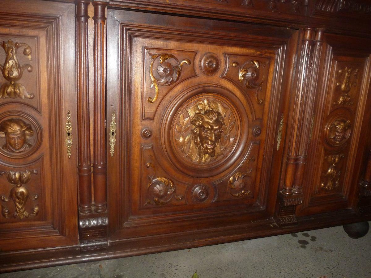 Biffe Arrimo Nogal Renacentista Tallado Antiguo Figuras 1 500  # Muebles Renacentistas