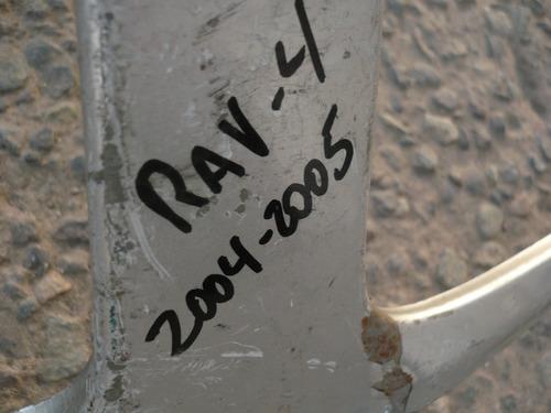 bigote masc del rav4 2004 / 2005  c/daños- lea descripción