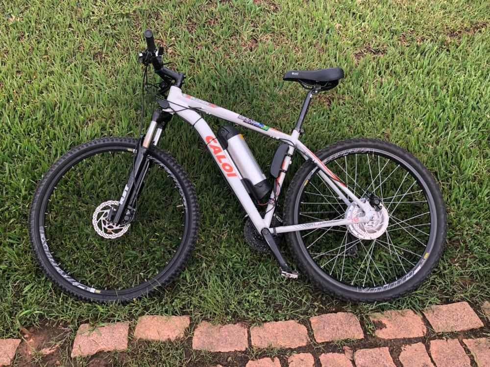 0ee91ff53 bike caloi 29 eletrica muito confortável e rapida. Carregando zoom.