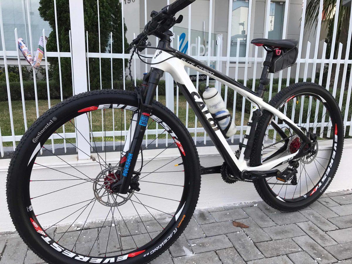 53f4dcd59 bike caloi elite carbon. Carregando zoom.