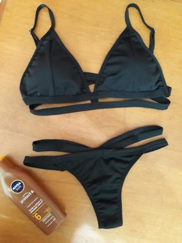 bikini con colaless
