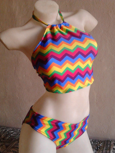 bikini con top o triangulito