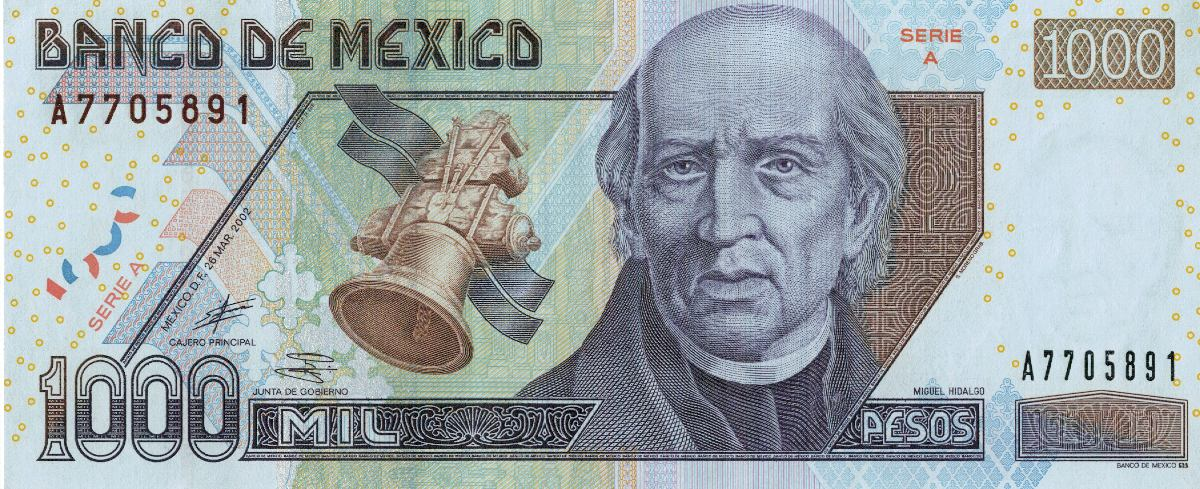 Billete Familia D1 denominación 10000 nuevos pesos mexicanos con Miguel Hidalgo en anverso - Banxico