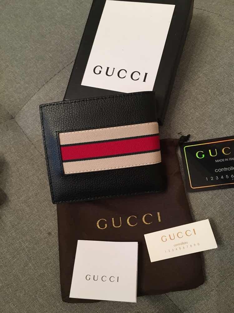 554817f35 Billetera Cartera Gucci Stripe Caballero - $ 1,799.00 en Mercado Libre