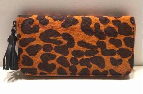 billetera dama marca cristalida  cuero con pelo animal print