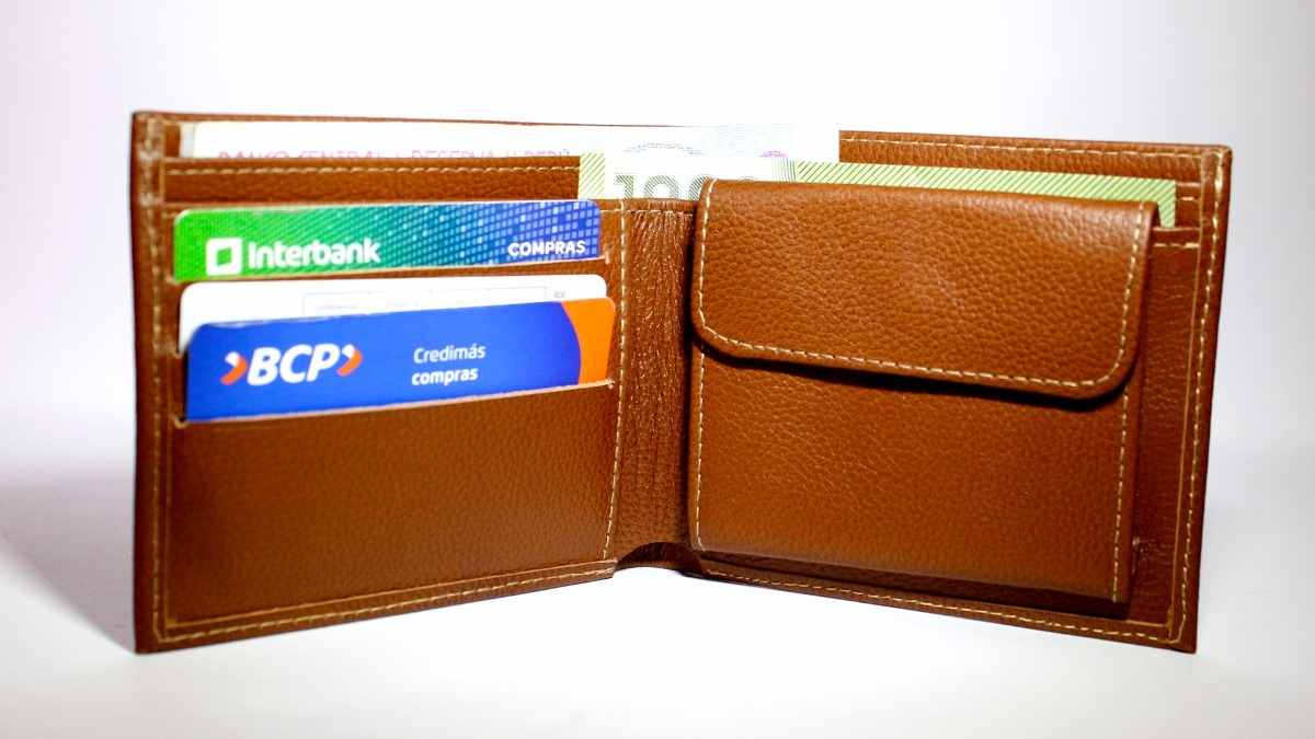 5d5c1bc6c billetera de cuero - regalo para hombre. Cargando zoom.
