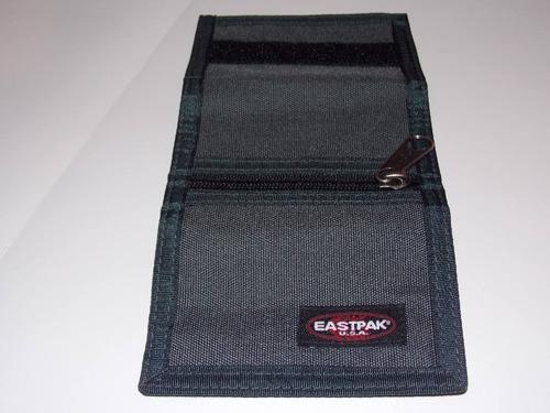 billetera eastpak gris nueva