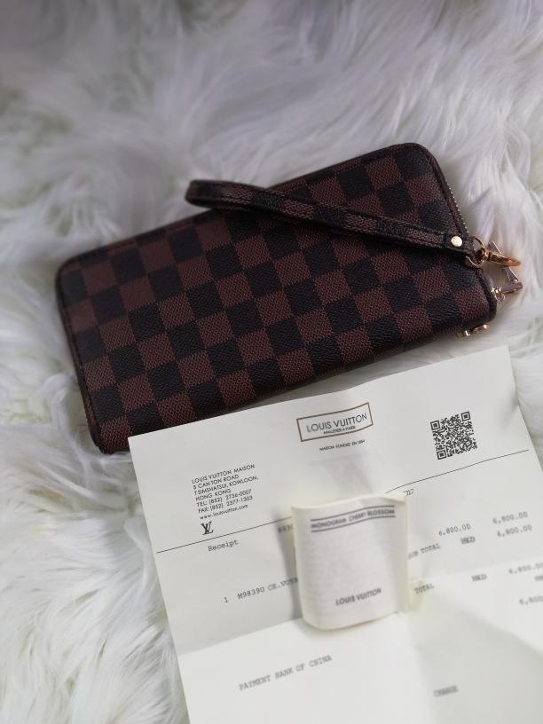 c2de7796c Billetera Exclusive Lv Louis Vuitton - $ 10.000 en Mercado Libre