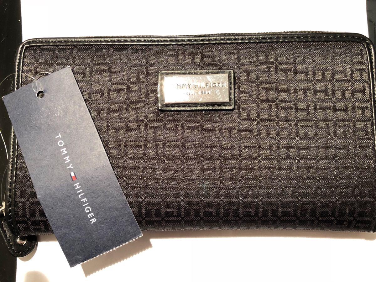 494fd9fa4 billetera grande tommy hilfiger original comprada en eeuu. Cargando zoom.