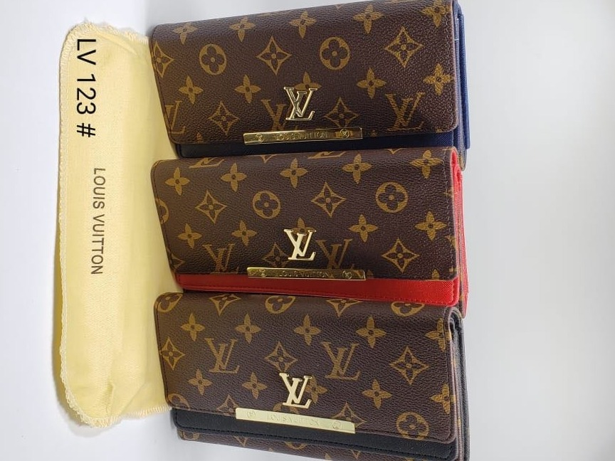 03d6d6967 Billetera Monedera Para Dama Louis Vuitton - $ 85.999 en Mercado Libre