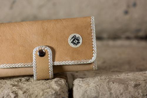 billetera para dama en cuero de cabritilla