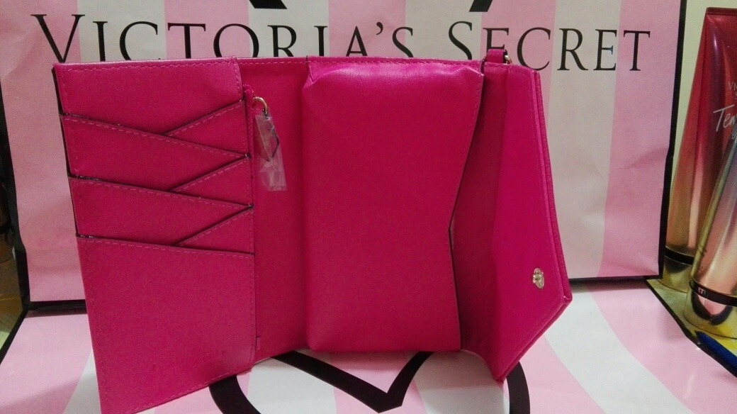 99d897a8c Billetera Rosada Victoria's Secret - S/ 120,00 en Mercado Libre