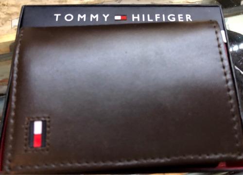c6ecf7f3c Billetera Tommy Hilfiger Original Comprada En Usa En Su Caja - $ 728 ...