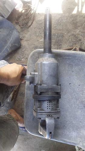 binomaquina de arrancar pneu de caminhão usada