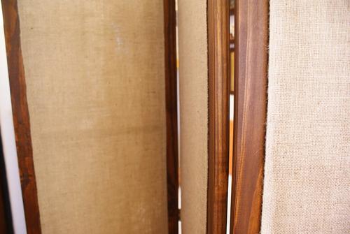biombo arpillera separador de ambientes en madera