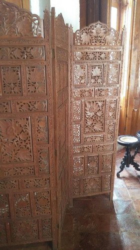 biombo de madera antiguo