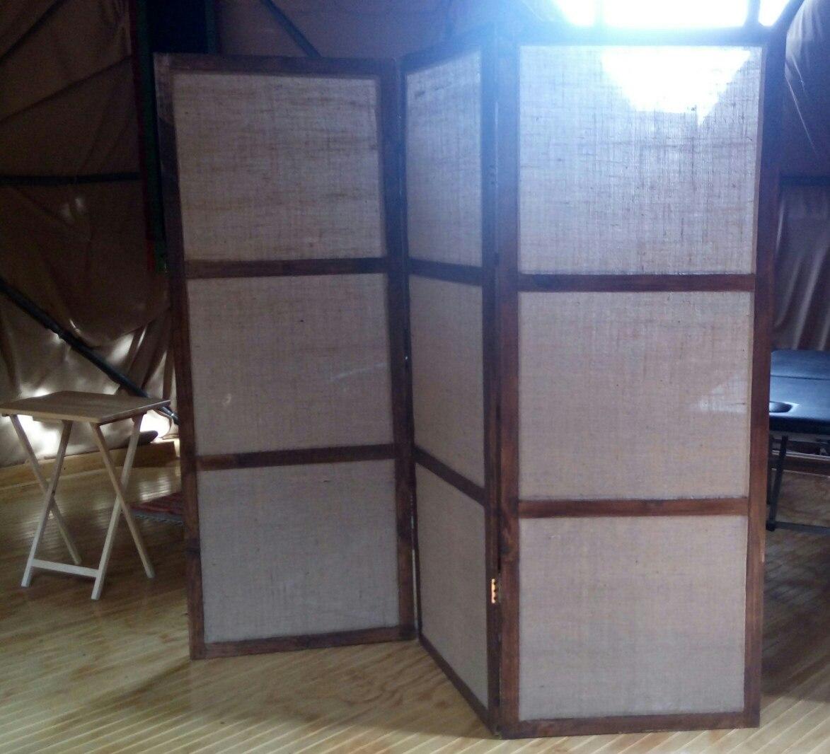 Biombos separadores de ambientes en madera en for Decoracion biombos separadores