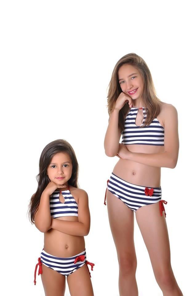Biquíni Menina Infantil Listrados Moda Praia Verão - R  120,00 em ... 4a7636ef22