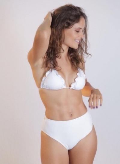 0f21c61c89d Biquini Praia Modelo Panicat Justo Com Cós Alto Plus Size - R  135 ...