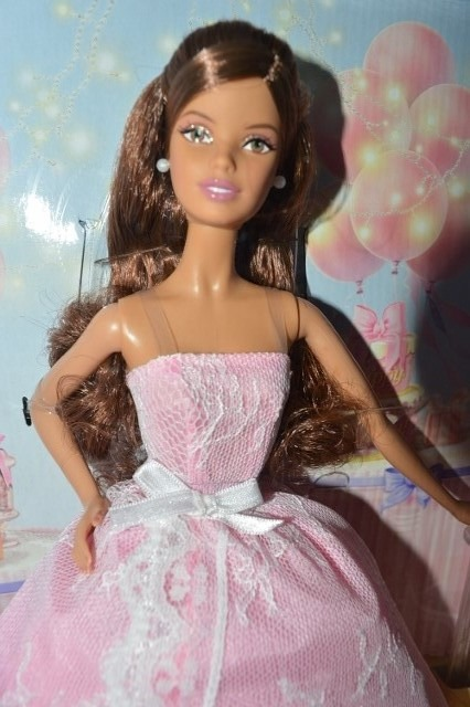Birthday Wishes Barbie Doll Hispanic