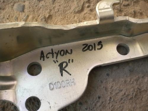 bisagra capot actyon 2013  derecha  - lea descripción