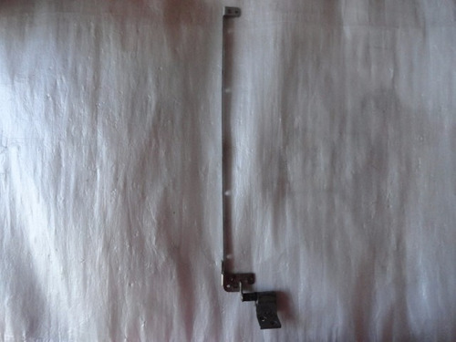 bisagra izquierda toshiba satelite l305 -sp6044c impecable
