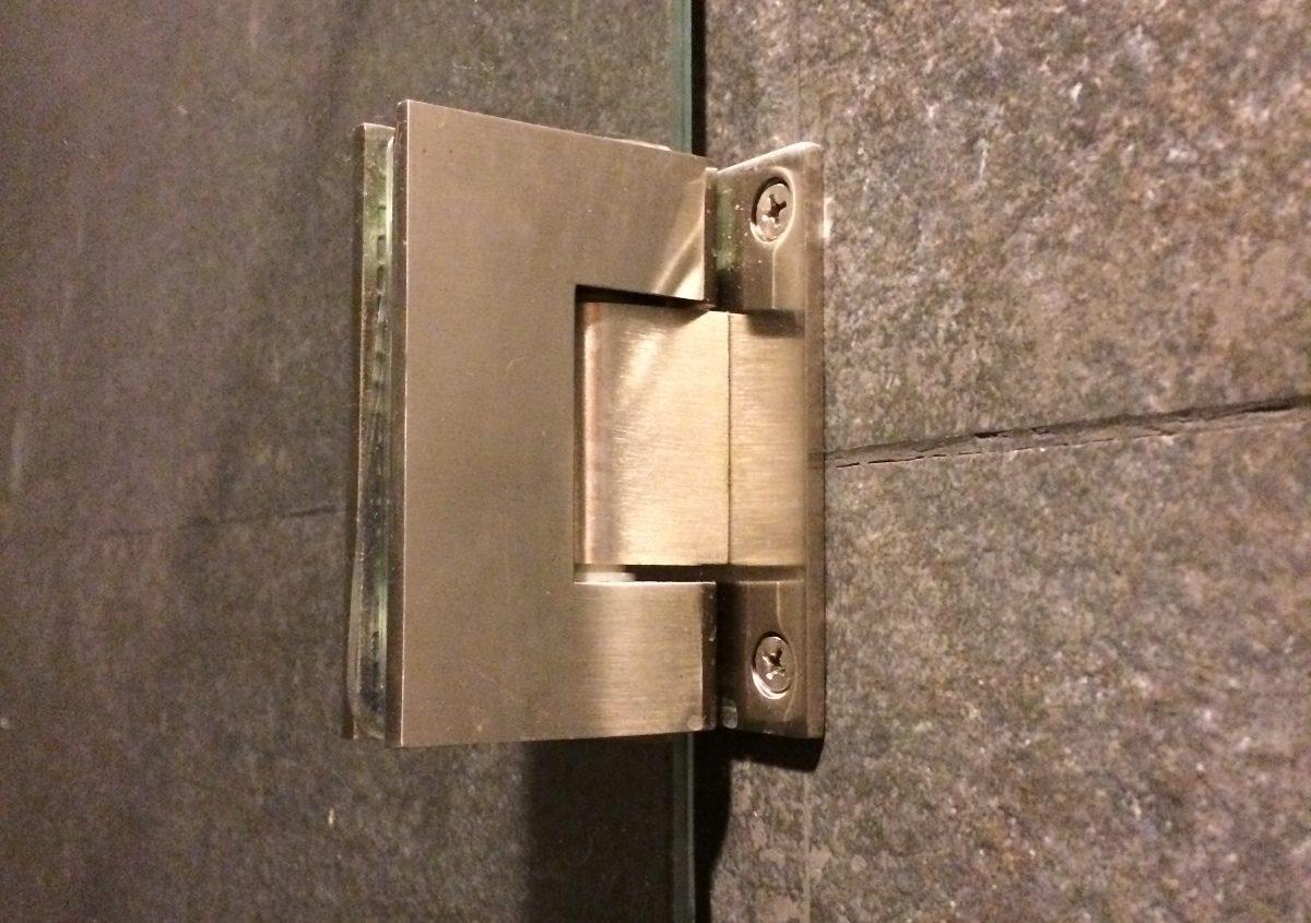Bisagras para cancel o puertas cristal templado for Bisagras para puertas de bano
