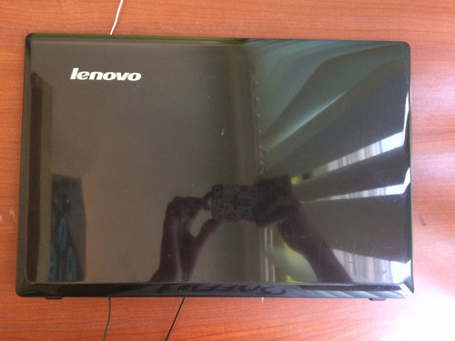 bisel y tapa de pantalla lenovo g485