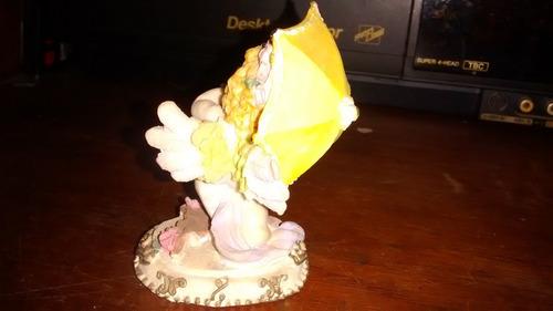 bisqui bonequinha linda 75 gramas 9cm  r$ 25,00