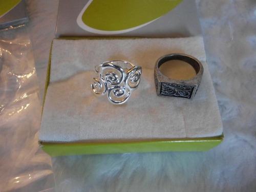 bisuteria combo de zarcillos y anillos talla 8 marca esika