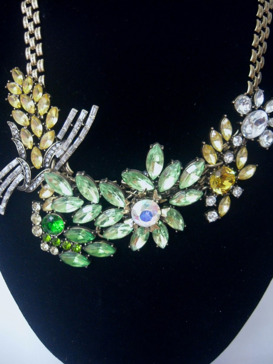 1ea63aa0a5a8 Bisutería Fina  Collar Flor Verde Brillante Elegante -   389.00 en ...