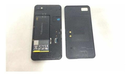 blackberry z10 teléfono bueno