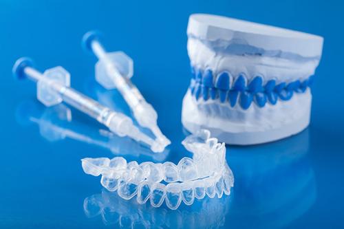 blanqueamiento dental en consultorio odontológico