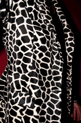 blazer de alta costura en animal print