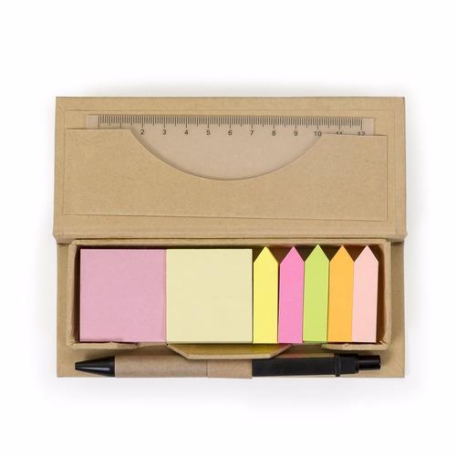 bloco de anotação com folhas auto-colantes e caneta