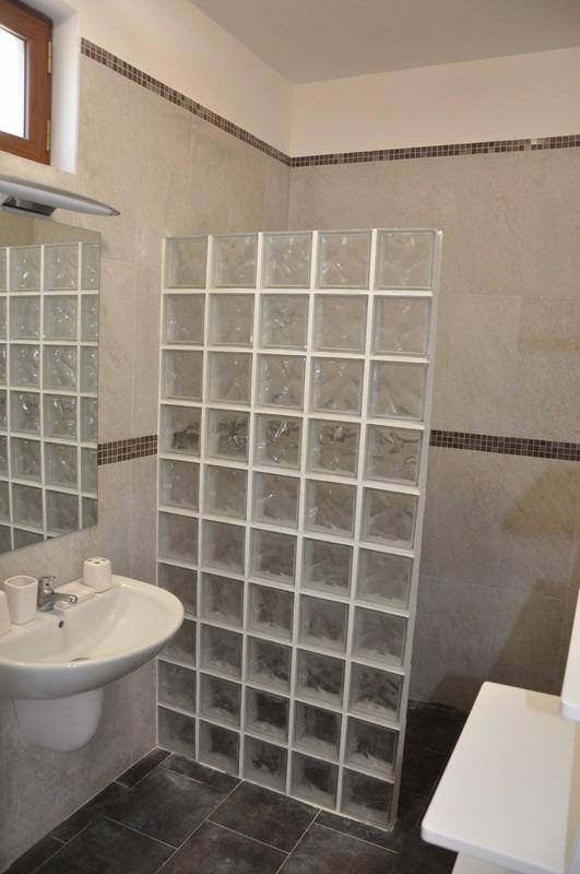 Bloco Tijolo Tijolinho De Vidro 19x19x8cm Para Casa Balcão  R$ 9,99 em Merca -> Decoracao De Banheiro Com Tijolos De Vidro