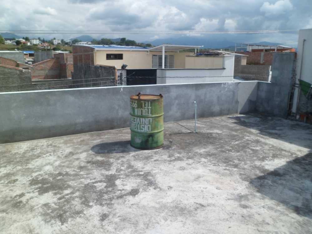 b/lomitas 2 pisos con plancha