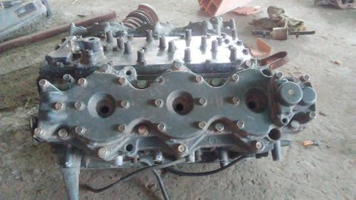 bloque  yamaha  3/4  v6  200  hp  carburado,  dos tienpo