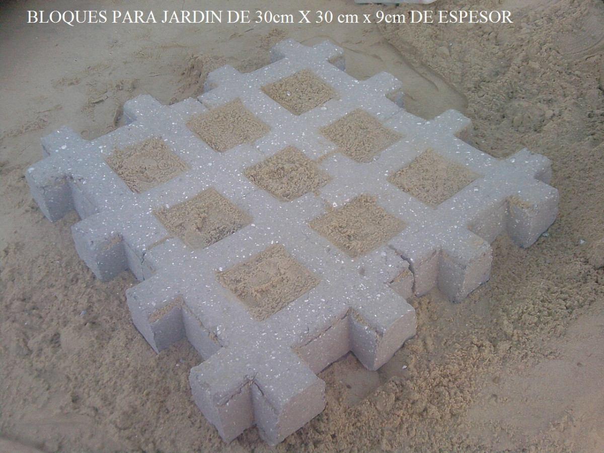 Bloques de cemento muros de bloques de cemento simil for Bloques de cemento para jardin