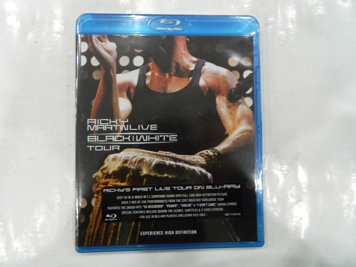 Blu Ray Ricky Martin Black And White Import