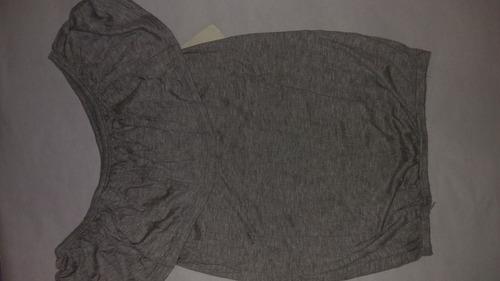 blusa al ombligo gris de mujer medio hombro