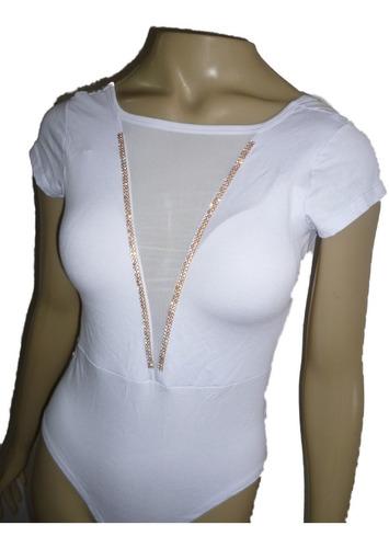 blusa body com bojo tule e estrass na frente dec/ u costas &
